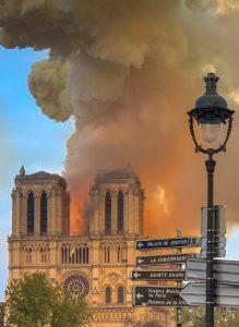 Notre-Dame in Flammen